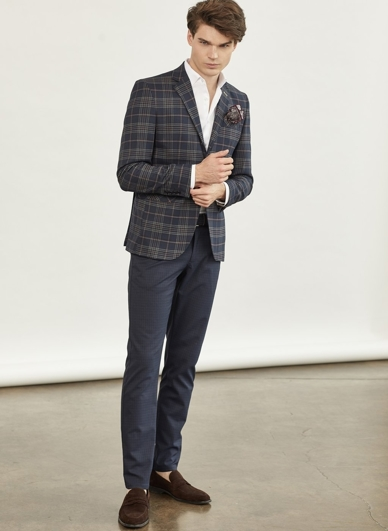 look 17: smart casual